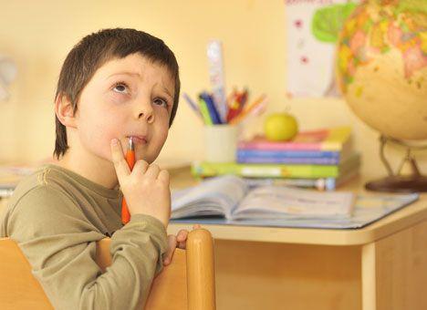 Формування постави починається з раннього дитинства