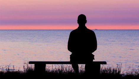 Самотні люди живуть щасливіше