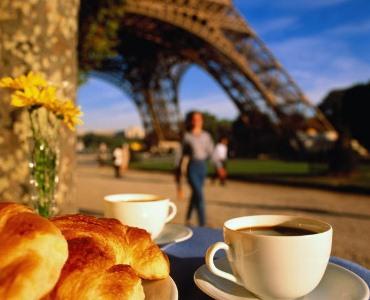 Снідати потрібно чашкою чорної кави