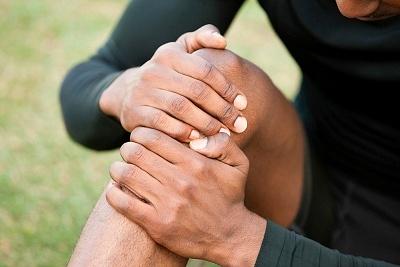 Біль в коліні