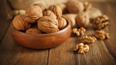Вживання грецьких горіхів покращить показники крові