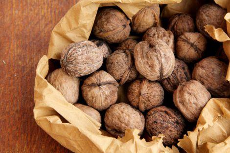 Користь горіхів для вагітних
