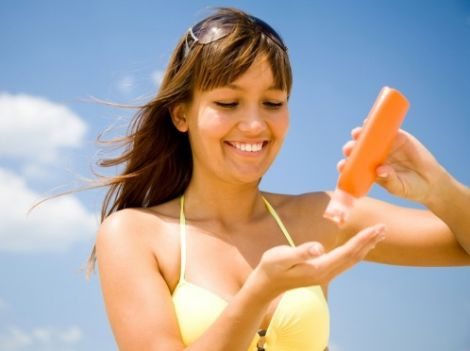 Три методи, якщо обпекли на сонці шкіру