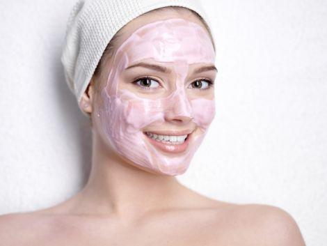 Дешеві маски для обличчя