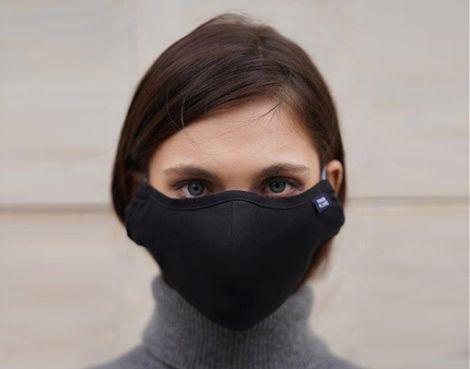 Соціопати не носять захисні маски