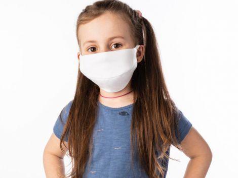 Чому дітям шкодять медичні маски?
