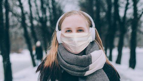 Медичні маски взимку