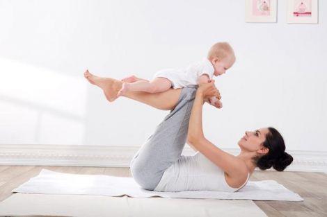 Займатись можна навіть з малюком!