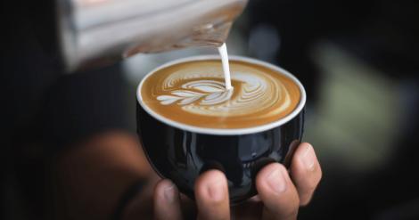 Коли найкорисніше пити каву