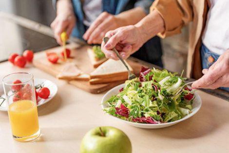 Як харчуватись правильно для довгого життя?