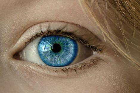 Спосіб поліпшити зір за три хвилини в день