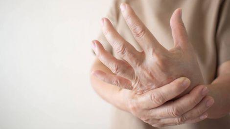 Вік - не головне: хто схильний до ризику виникнення артриту
