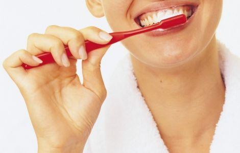 Як правильно чистити зуби? (ВІДЕО)