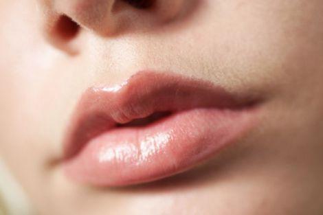 Збільшуємо губи без операцій