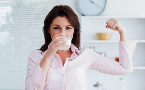 Йогурт корисний для нашого травлення
