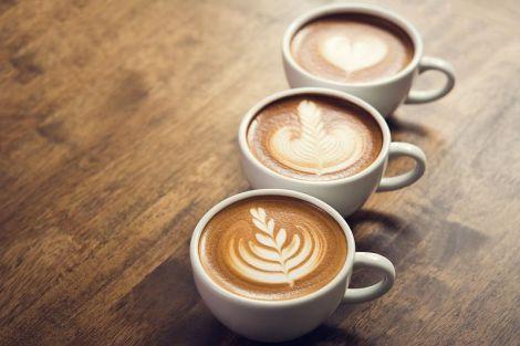 Дієтологи назвали корисну альтернативу ранкової кави