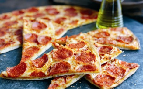 Краще робити піцу самому вдома