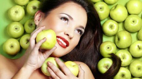 Яблучний пілінг