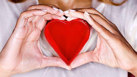 Гранатовий сік допомагає розрідити кров