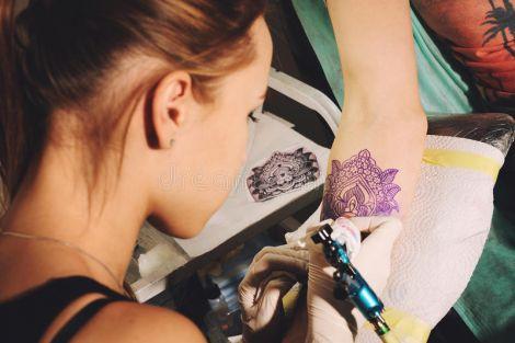 Не варто робити татуювання, якщо у вас ослаблений імунітет