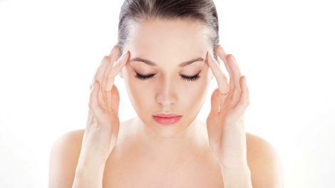 Чому головний біль не варто лікувати таблетками?