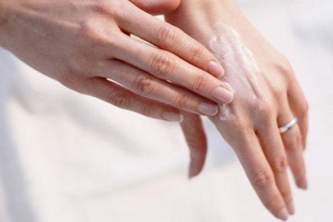 Креми зі стероїдами провокують почервоніння