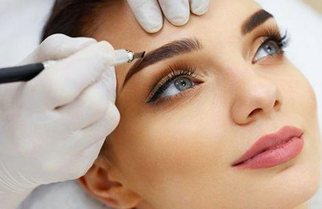 Як перманентний макіяж шкодить здоров'ю?