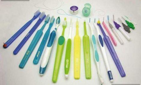 Як правильно вибрати зубну щітку?