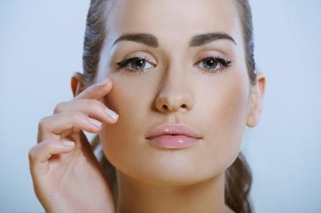 Багато масок живлять шкіру