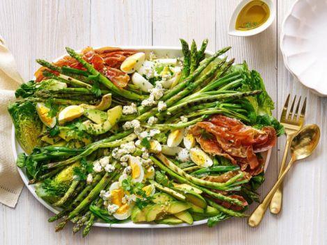 Спаржа - найпопулярніший весняний овоч