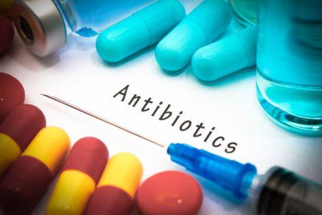 Хвороби, які небезпечно лікувати антибіотиками