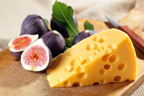 Сир зміцнить здоров'я серця