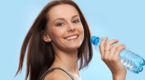 Пийте чисту воду і худніть