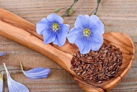 Настій з насіння льону позбавляє від набряків
