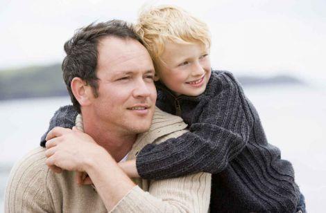 Як вік батька впливає на самооцінку дитини?