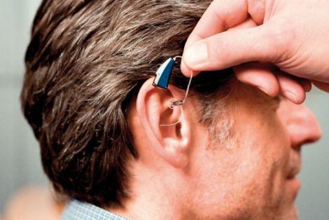 Новий метод лікування старечої глухоти