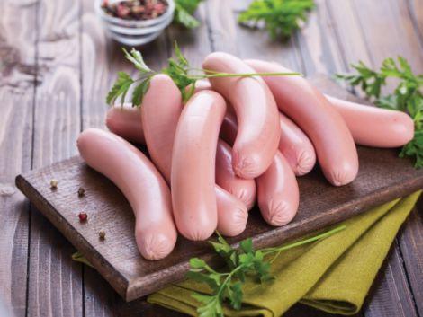 Рецепт смачних домашніх сосисок