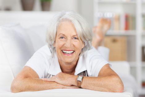 Літні жінки хворіють частіше, ніж чоловіки
