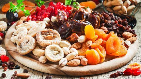 Корисні та смачні сухофрукти