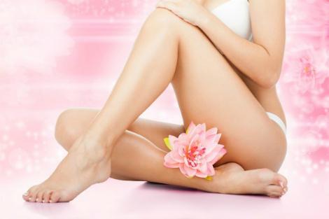 Як правильно голити інтимні місця жінці?