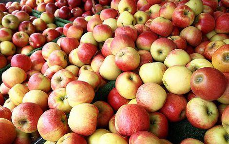 Користь яблук та чаю для тих, хто вживає алкоголь