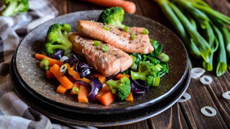 Жирні сорти риби можуть усувати біль