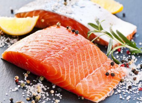 Червона риба може містити шкідливі речовини