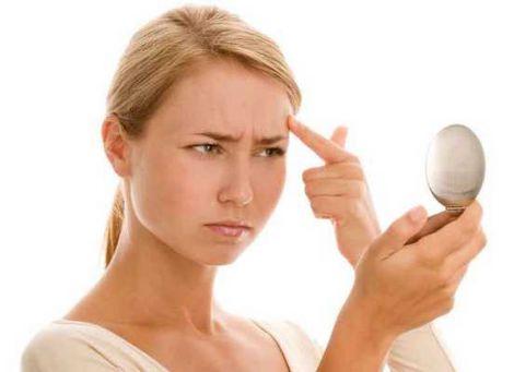 Алергія на косметику: чому виникає і що робити?