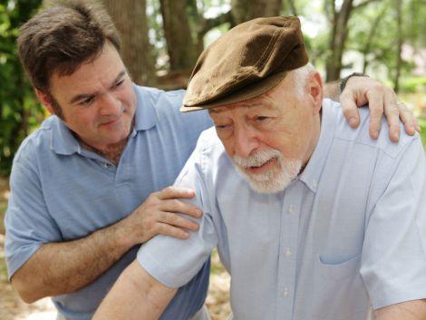 Перші симптоми хвороби Паркінсона