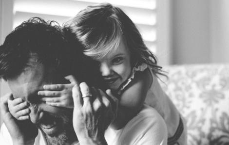 Для дівчат образ тата сформований як ідеальний