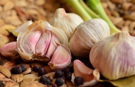 Як вживання часнику впливає на роботу нирок?
