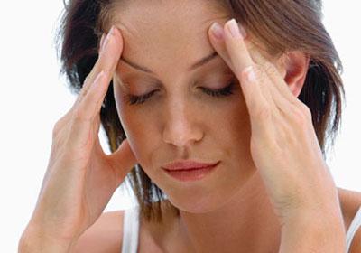 Болить голова