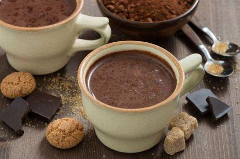 Замість кави корисно пити какао