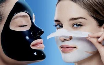 ця маска швидко та ефективно очистить шкіру обличчя